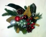Malý bordový vianočný aranžmán