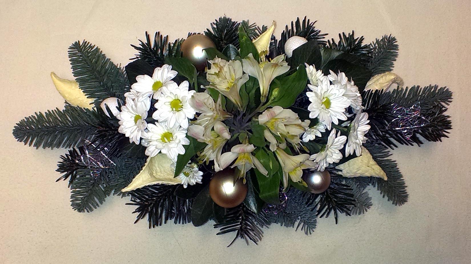 Vianočný aranžmán s margarétkami
