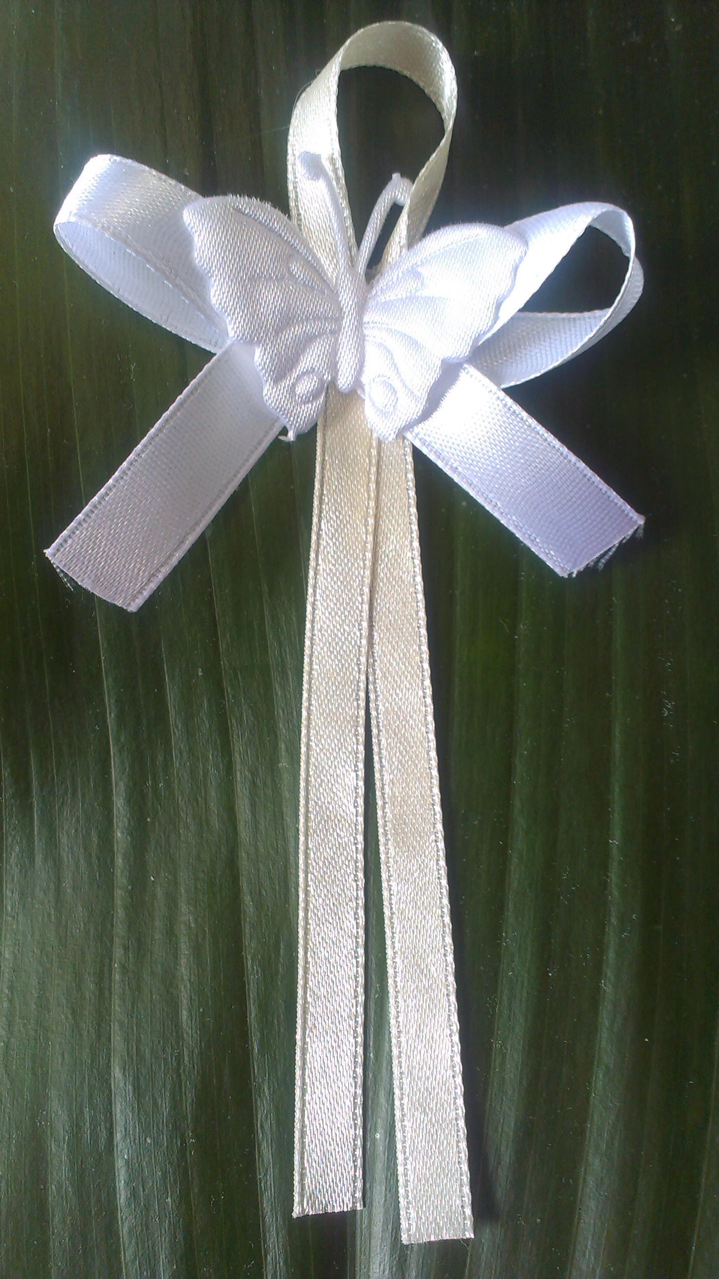 Svadobné pierko s motýlikom